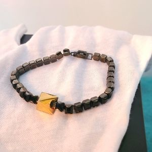 Tom Binns Black Rhinestone&Gold Pyramid Bracelet